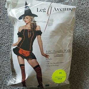 Leg Avenue Pumpkin Witch Costume